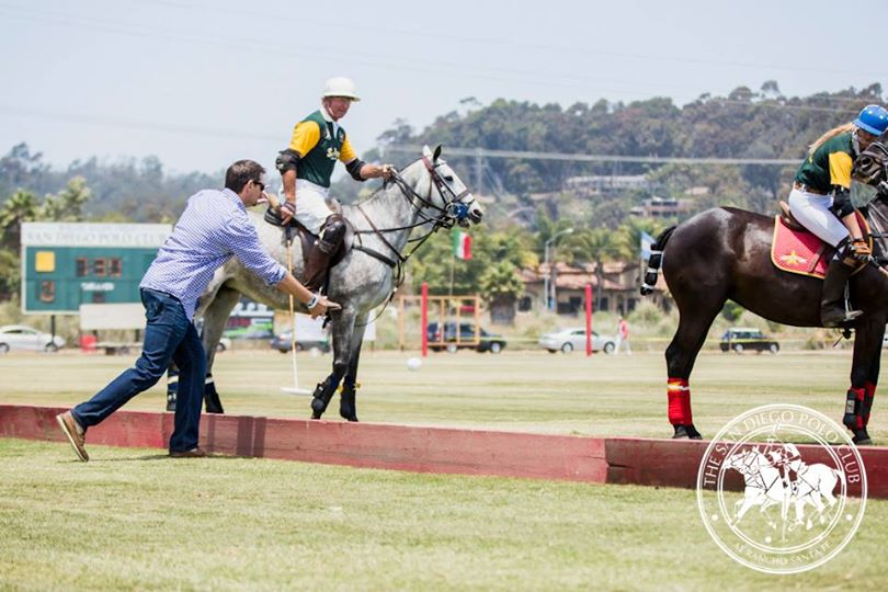 Opening-Day-2014-San-Diego-Polo-Club-First-Ball-Throw-In-Land-Rover